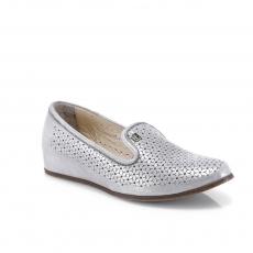 серые  женские повседневные туфли